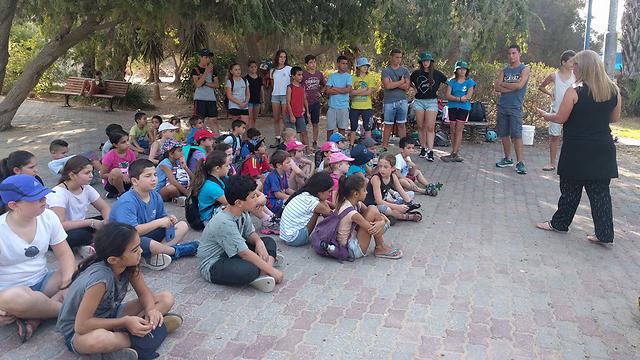 התגייסו למאבק: תלמידי כפר גיאה שובתים ()