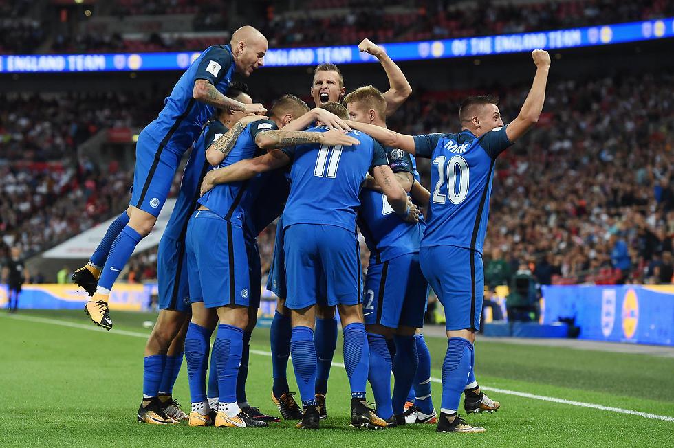 נבחרת סלובקיה (צילום: EPA) (צילום: EPA)