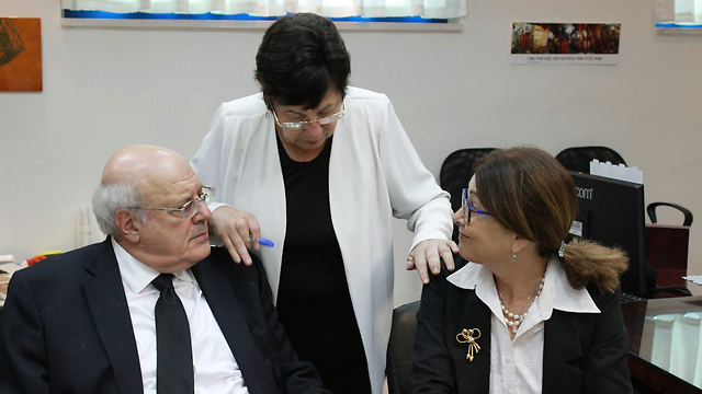 Incoming Deputy Chief Justice Melcer with outgoing Chief Justice Naor and incoming Chief Justice Hayut (Photo: Justice Minister's spokesman)