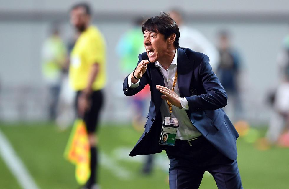 מאמן נבחרת דרום קוריאה, שין טאה יונג (צילום: AFP) (צילום: AFP)