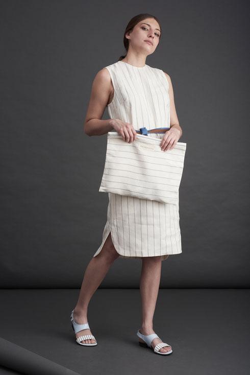 מותג האופנה מיקלה במכירה של אינהאוס בביתה של רקפת וקנין. עד 20 אחוז הנחה (צילום: שי פרנקו)