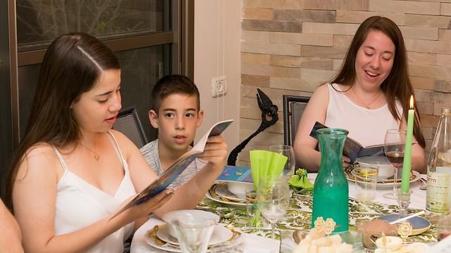 להקנות גם לילדים הרגלים נכונים. למען העתיד (צילום: shutterstock)