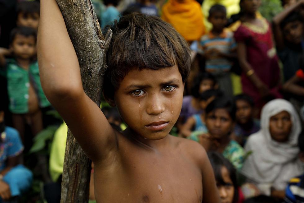 ילד פליט מבני הרוהינגיה שברחו ממיאנמר לבנגלדש (צילום: AFP)