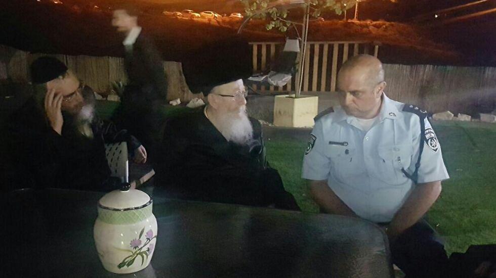 השר ליצמן נפגש עם סגן מפקד המרחב במשטרה ()
