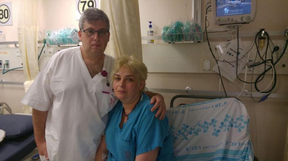 """מרינה פרנקל ובעלה איגור, העובד כאח בבית החולים (צילום: דוברות רמב""""ם)"""