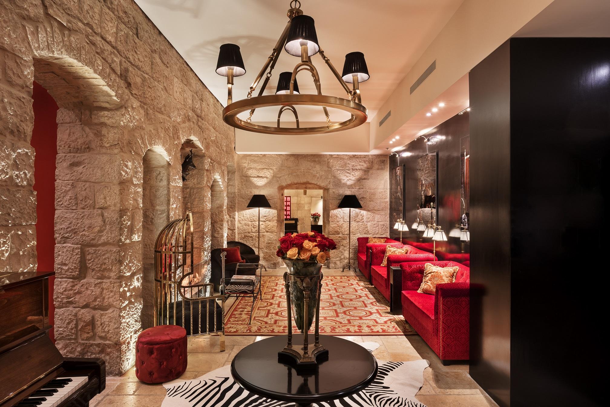 """מבנה עתיק מהמאה ה-19 שהפך למלון בוטיק בי""""ם"""