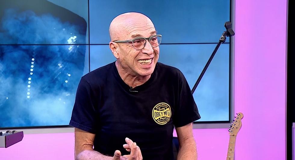 עדיין משוגע. רמי פורטיס באולפן ynet (צילום: אלי סגל)