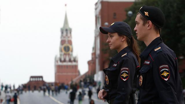 כוחות הביטחון במוסקבה, אתמול (צילום: רויטרס)
