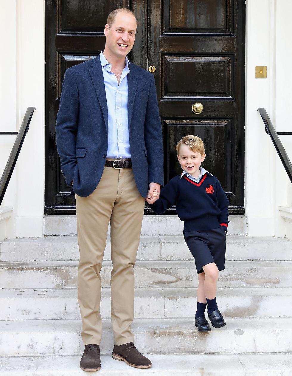 הנסיך וויליאם מלווה את בנו לגן בשבוע שעבר (צילום: gettyimages)