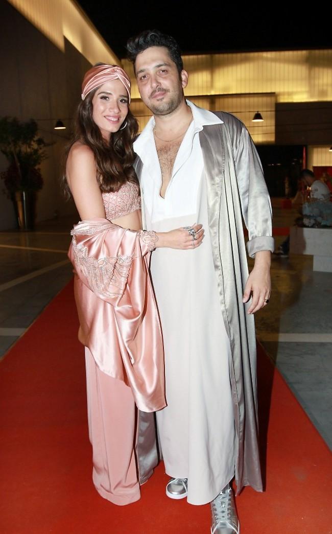 מרגש! חן אמסלם ומאור זגורי אמש בחגיגות החינה שלהם (צילום: ענת מוסברג)