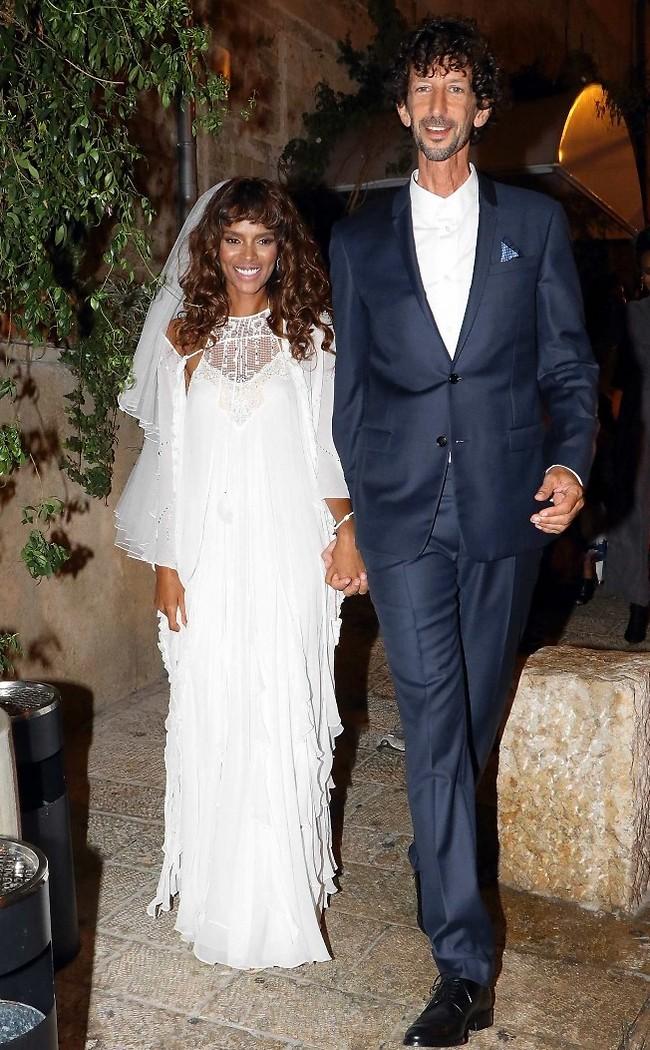 היה שווה לבוא לחתונה. איתי אנגל ואשתו הטרייה היימנות רדאי (אמיר מאירי)