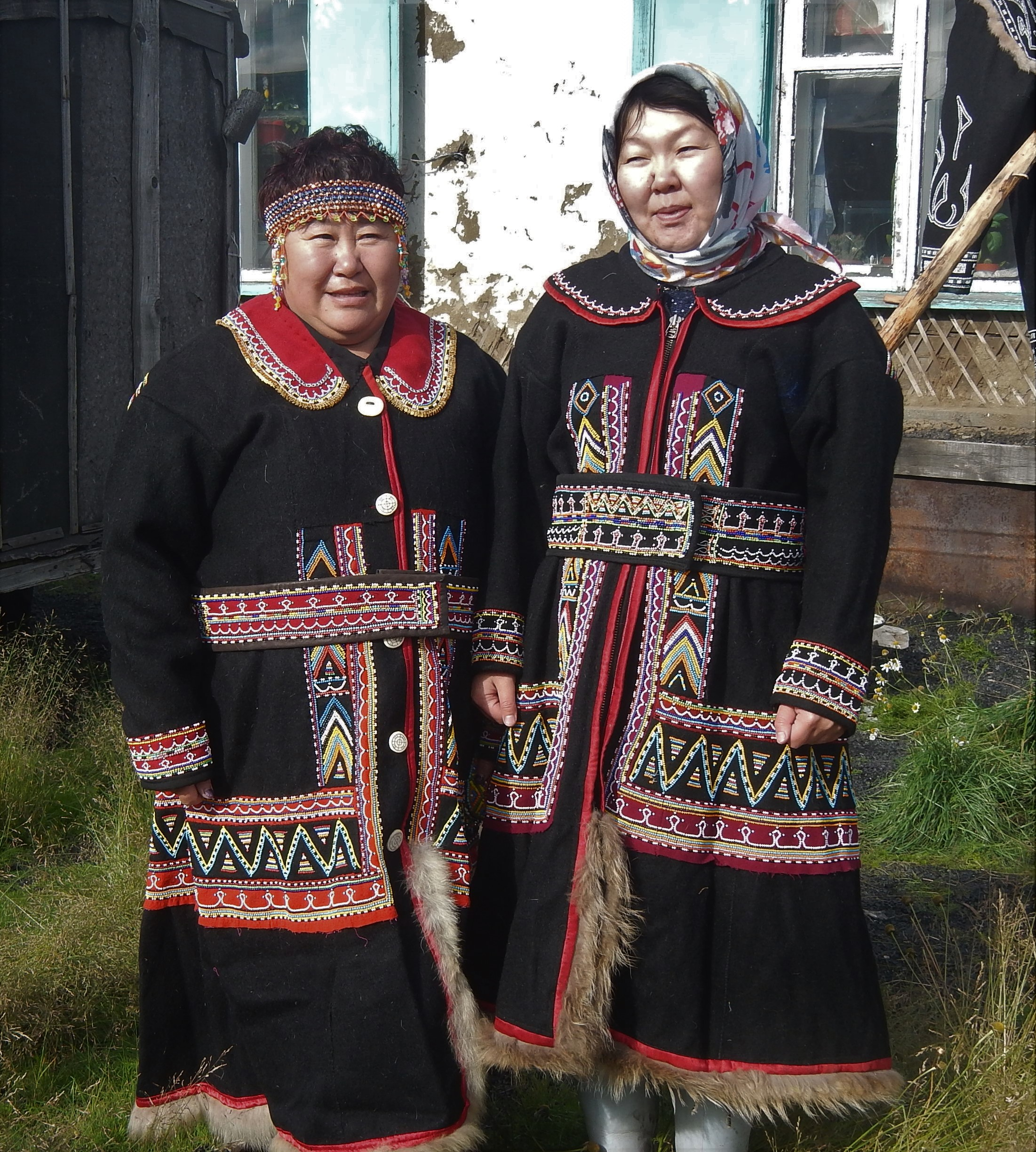 נשות הדולגן בבגדי חג (צילום: גליה גוטמן) (צילום: גליה גוטמן)