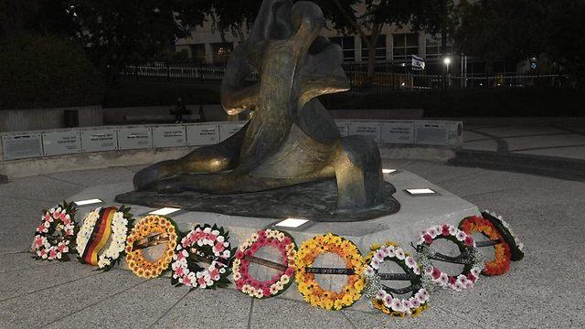 זרים לזכרם. אחרי 45 שנה הוקם אתר הנצחה במינכן (צילום: הוועד האולימפי בישראל)