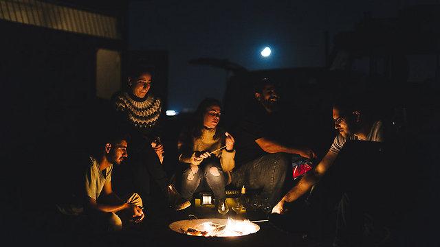 אפשרות מעולה למספר זוגות חברים כבילוי לילי (צילום: עדי פרץ)