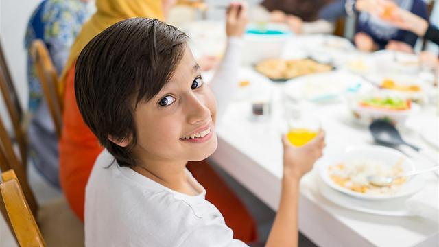 ארוחות משפחתיות מלחיצות אתכם (צילום: shutterstock) (צילום: shutterstock)