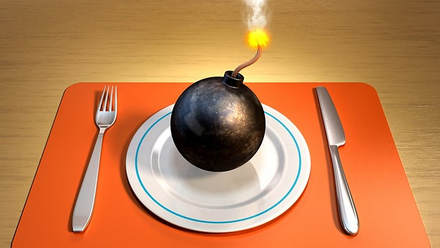 לאכול בלי להתחרט. מנצחים את הצרבת (צילום: shutterstock)