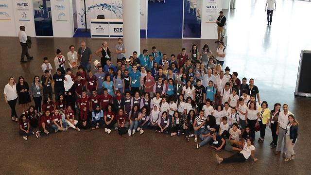 200 בני נוער מרחבי הארץ (צילום: אלון תלמי)