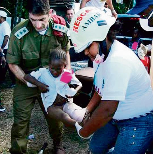 """קרייס כמפקד בית החולים שהקים צה""""ל בהאיטי. """"המראות היו מזעזעים"""""""