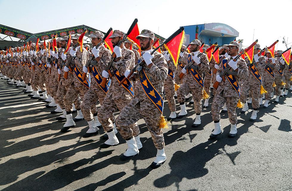 Iran's Revolutionary Guards (Photo: EPA)