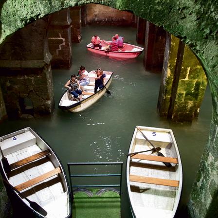בריכת הקשתות. דמיינו את ונציה