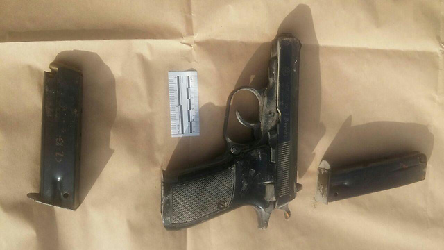 The gun used in the attack (Photo: Israel Police) (Photo: Israel Police)