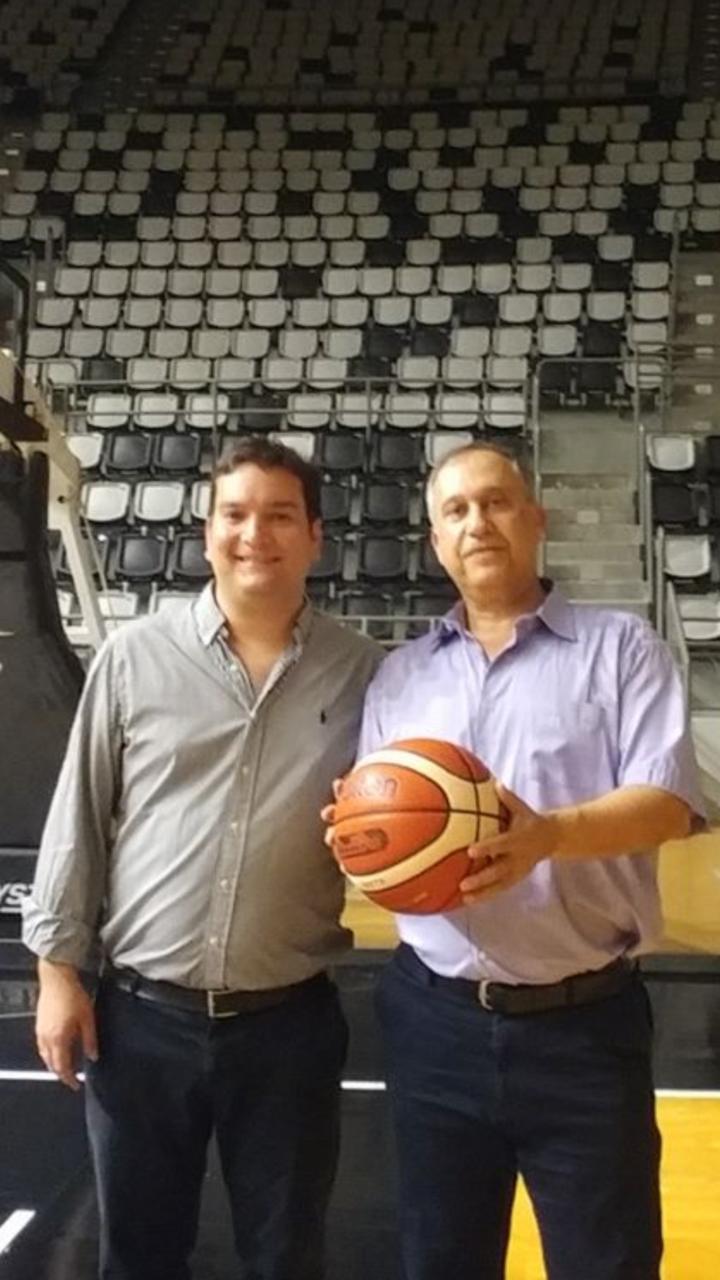 יוני רובינזון ובן לוי
