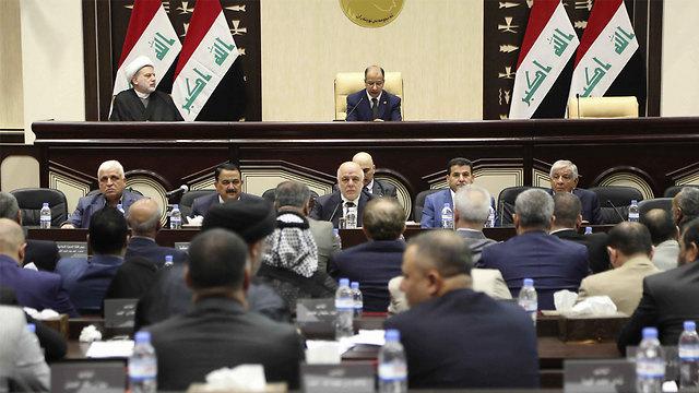 הפרלמנט העיראקי מאשר לשלוח כוחות לכורדיסטן (צילום: AP) (צילום: AP)