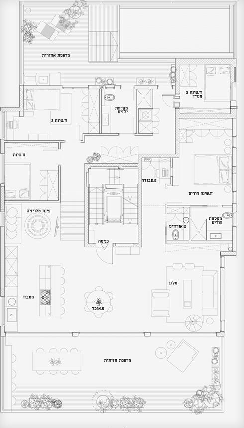 תוכנית הדירה. שני מפלסים שיחד מכסים קומה שלמה (תוכנית: סטודיו 37)