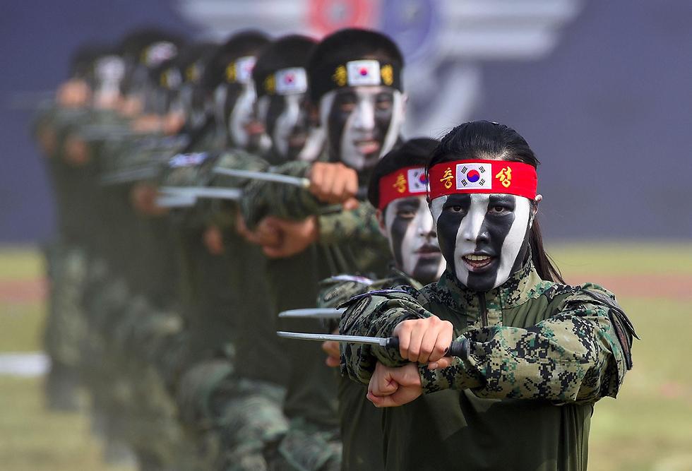 מפגן הכוח של צבא דרום קוריאה (צילום: AFP)