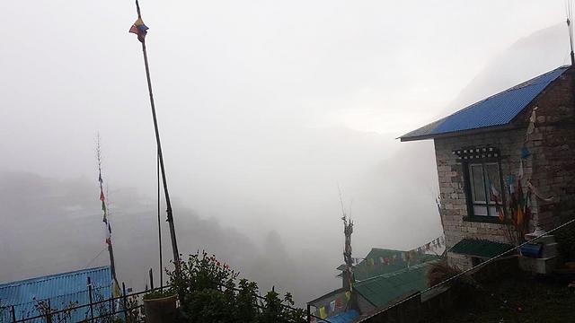 """(צילום: בית חב""""ד בנפאל) (צילום: בית חב"""