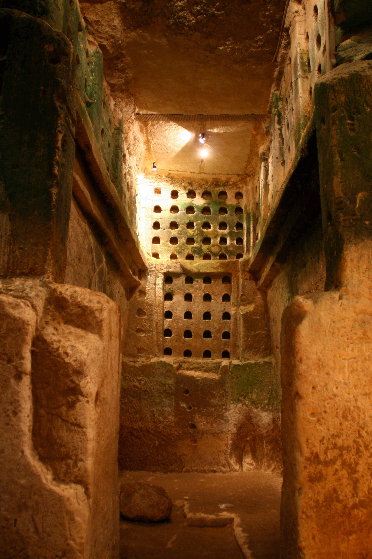 Колумбарий в Бейт-Гуврин.