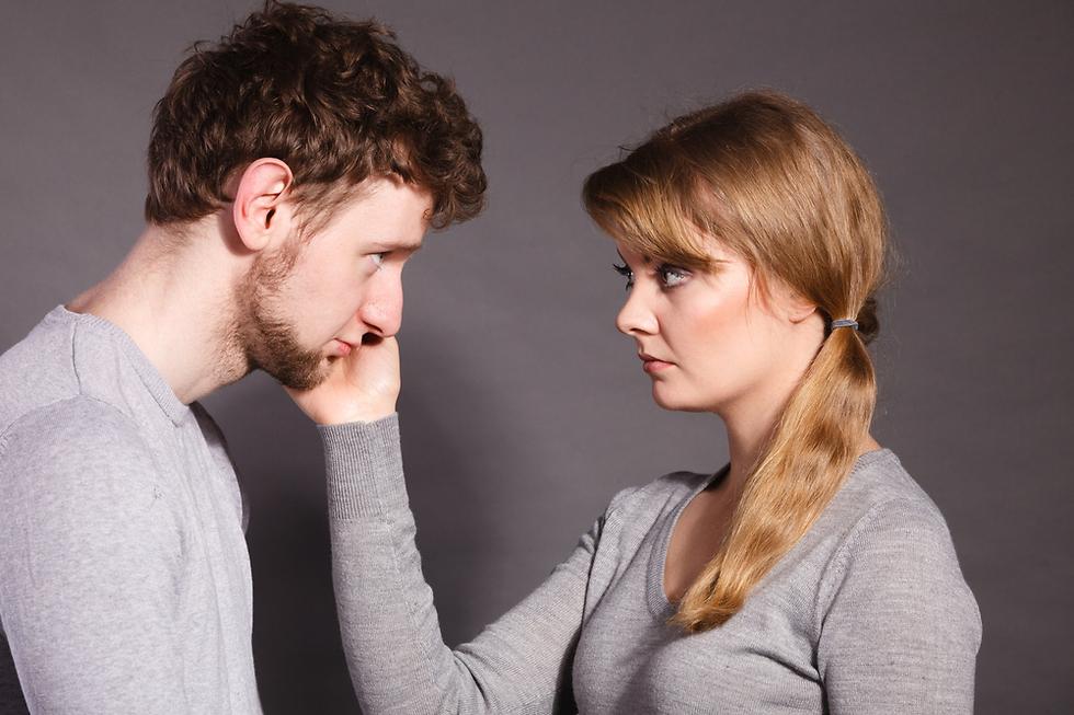 מסתבר שגברים מרשים לעצמם לבכות יותר מבעבר, וזהו כבר שינוי מרענן (צילום: Shutterstock)