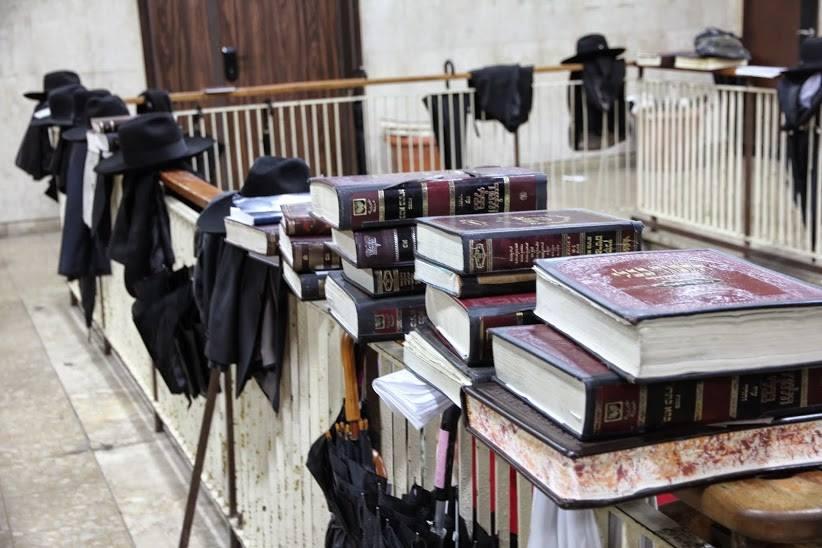 סיור סוכות בבני ברק (צילום: ארז דיין)