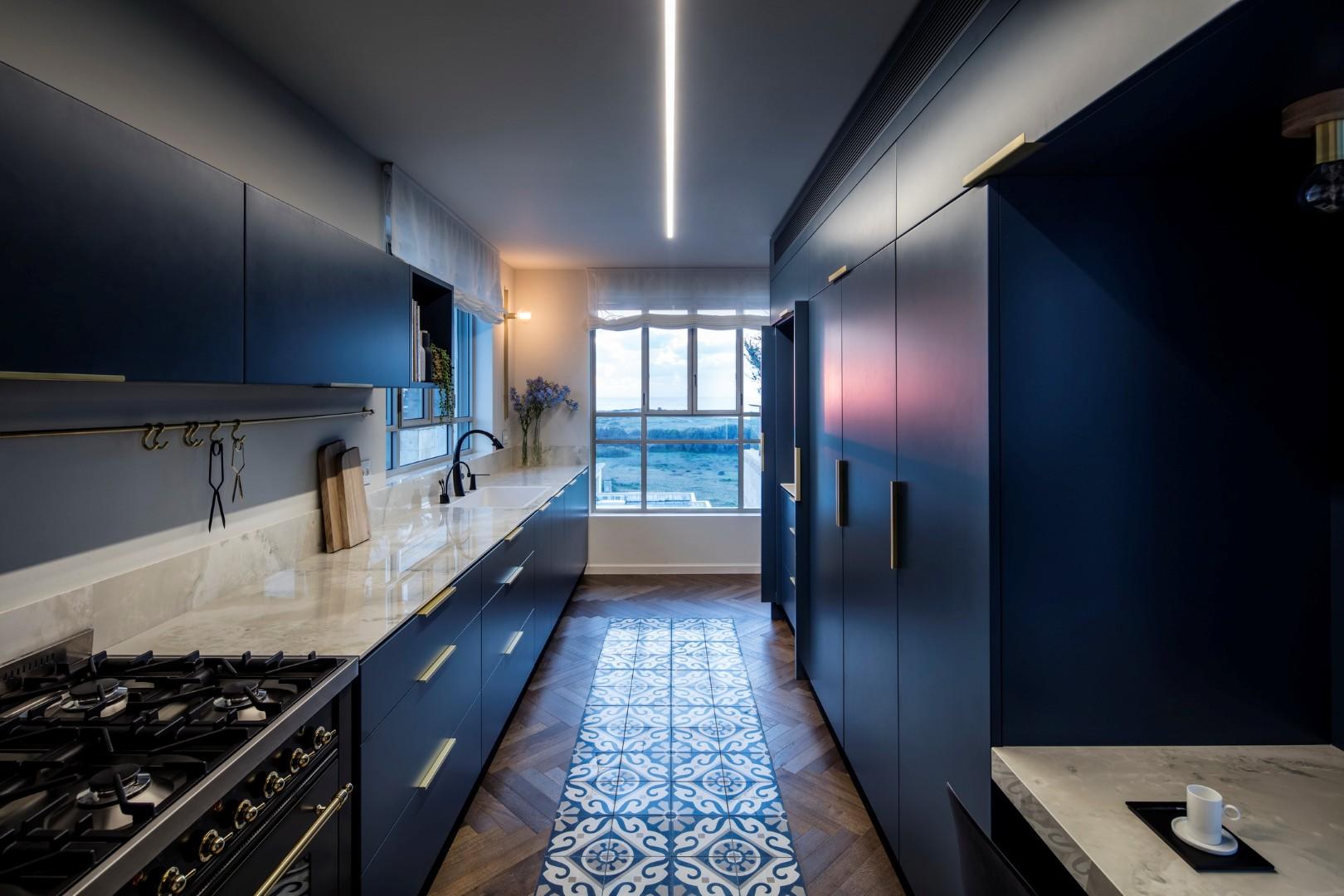 גימור החזיתות המועדף על ידי אדריכלים ולקוחות הוא צבע. עיצוב: פנינית שרת (צילום: עמית גרון)