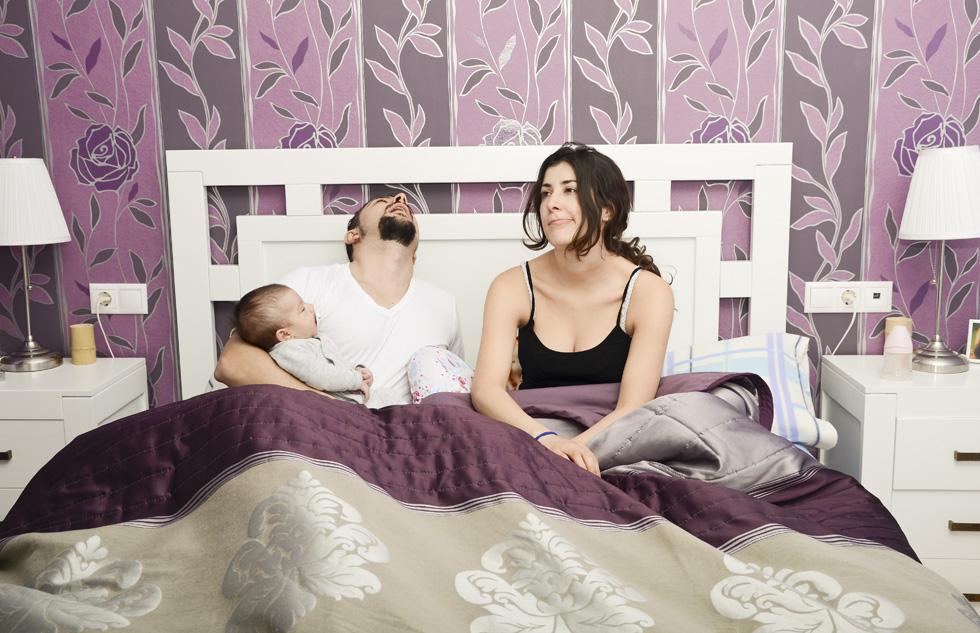 """""""ולא, שיחות על הילד, על שעות השינה ומצב הצבירה של הקקי שלו לא נחשבות לזמן איכות זוגי"""" (צילום: Shutterstock)"""