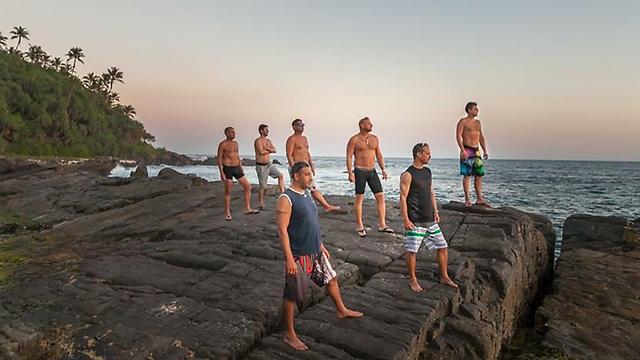 כל החבר'ה בתמונה קבוצתית (צילום: אלון גרגו) (צילום: אלון גרגו)