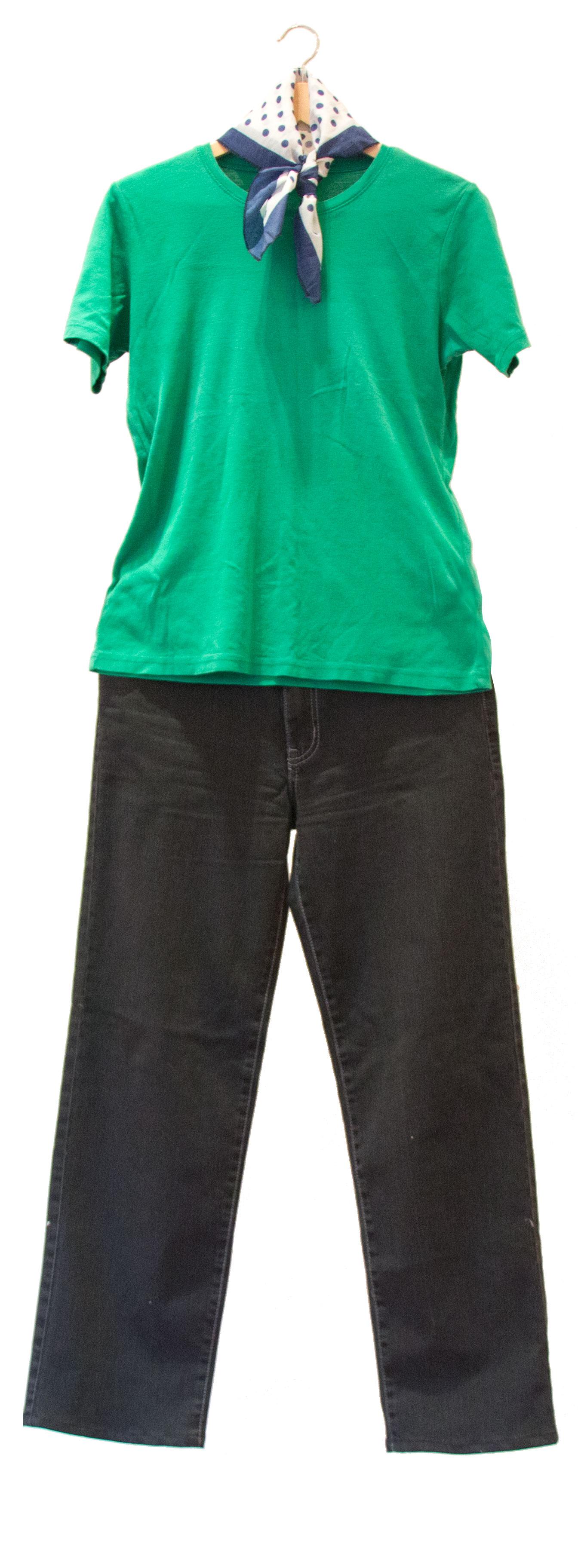Одежда Ирис, переданная в общество по борьбе с насилием против женщин