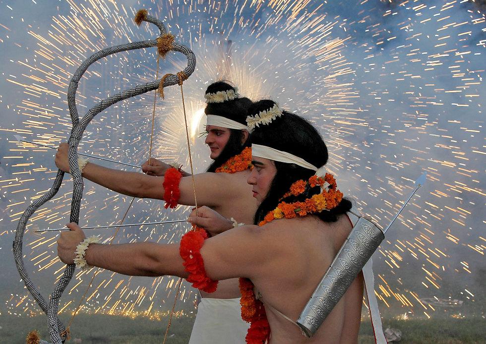 זיקוקים בפסטיבל צ'נדיגר, הודו (צילום: רויטרס)
