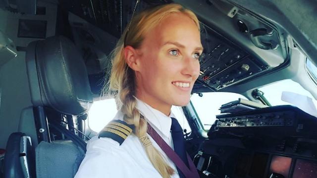 לינדי מריאלה כץ בתא בטייס (צילום: עמוד האינסטגרם של לינדי מריאלה כץ)