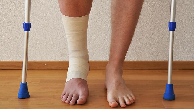 עלולות לגרום להפרעות הליכה. פציעות על רקע אורתופדי (צילום: shutterstock)