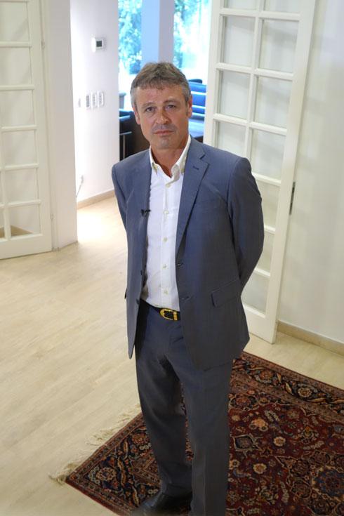 ''משפחות של דיפלומטים הן משפחות נוודים'', אומר השגריר רוך (צילום: מיכאל יעקובסון)