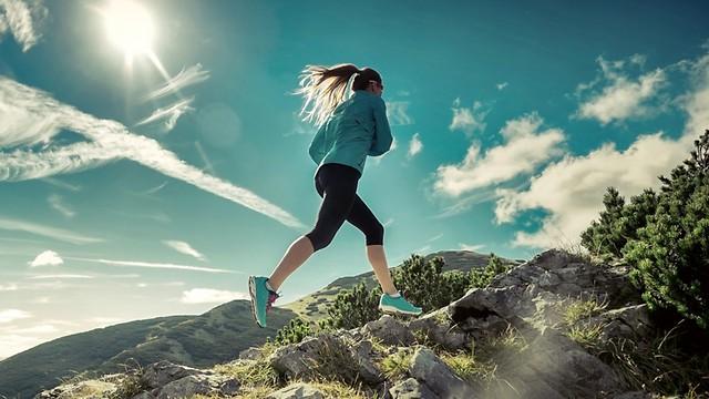 הפעלת שרירים שונים בכל צעד. עליות וירידות (צילום: shutterstock)