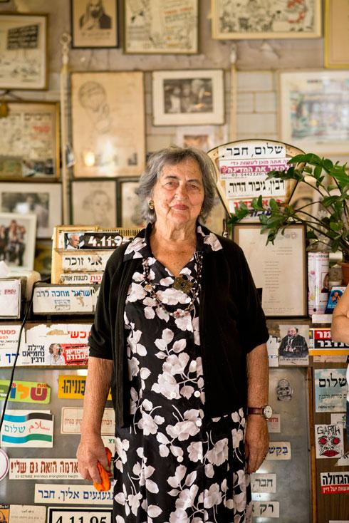 שרה שטרן ז''ל. סגרה את הקפה בהיותה בת 90 (צילום: יובל חן)
