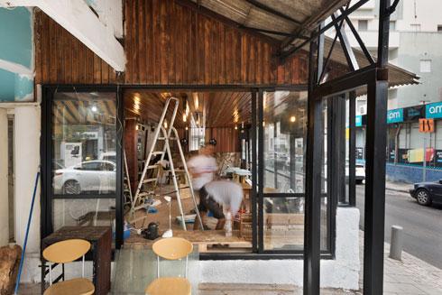 עבודות בקפה, השבוע (צילום: ליאור גרונדמן)