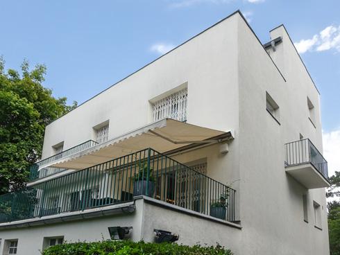 הרובע ה-19 בווינה מבוסס על בתים פרטיים, טובלים בירק (צילום: בנימין פון ראדום)