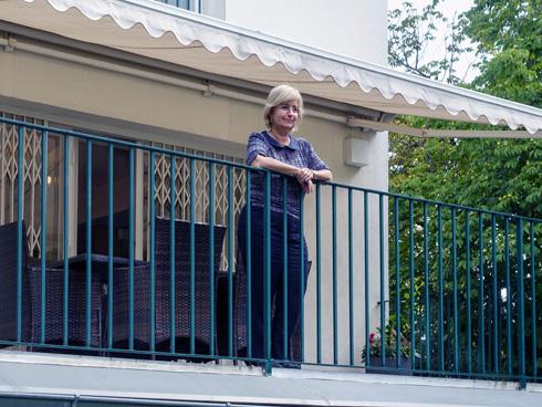 אף שחדריו אינם גדולים, הבית משמש את הנציגות הישראלית שנים ארוכות (צילום: בנימין פון ראדום)