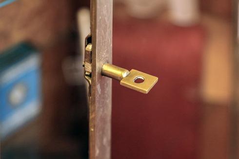 המפתח מקורי, כמו שאר פרטים קטנטנים ולא צפויים (צילום: בנימין פון ראדום)