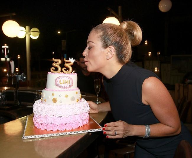 חיים חדשים. ליהיא גרינר חוגגת יום הולדת 33 עם עוגה מקמח כוסמין (צילום: ענת מוסברג)