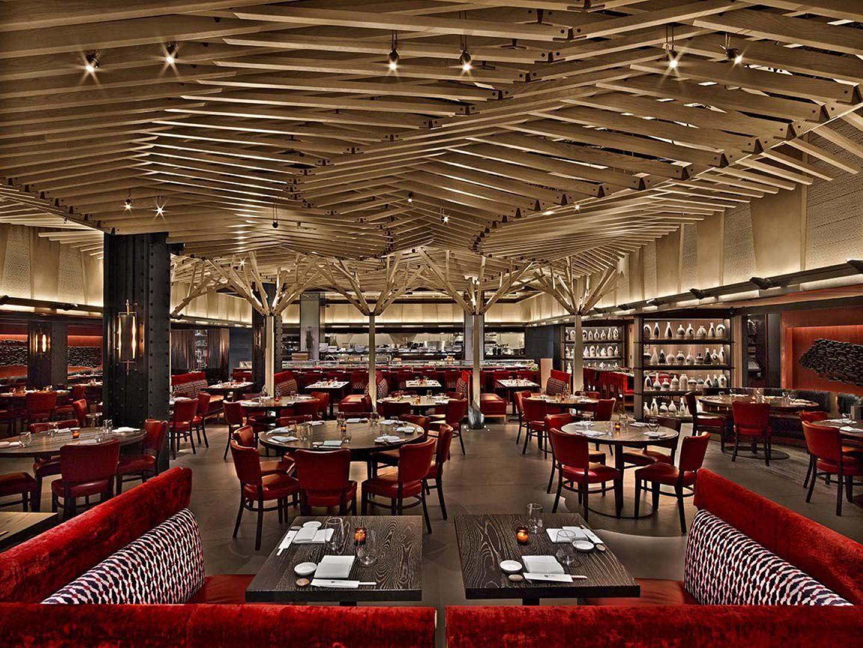 הקומה התחתונה במסעדה (צילום: Eric Laignel)