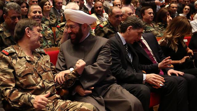 קהל המוזמנים במופע בבירת סוריה (צילום: EPA)